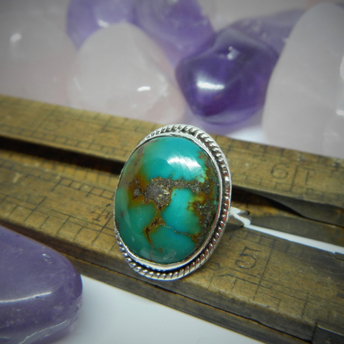 Size 8 Turquoise & 925 Sterling Silver Ring.