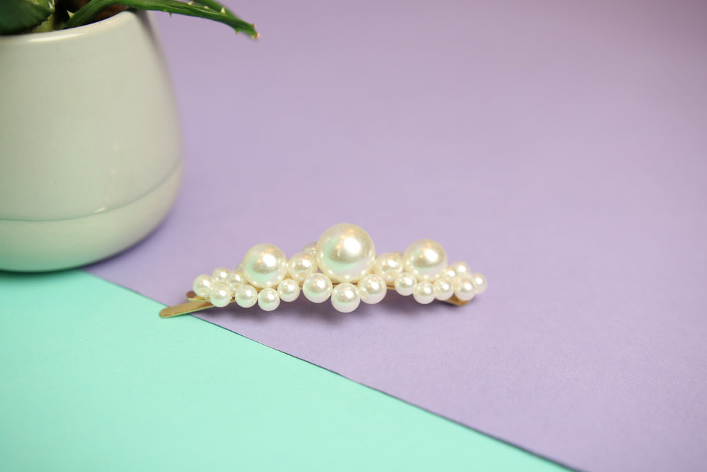 Super Pearl detailed Hair Clip