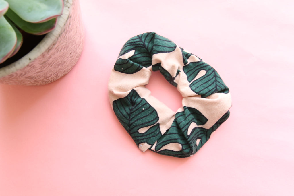 Summer palms scrunchy