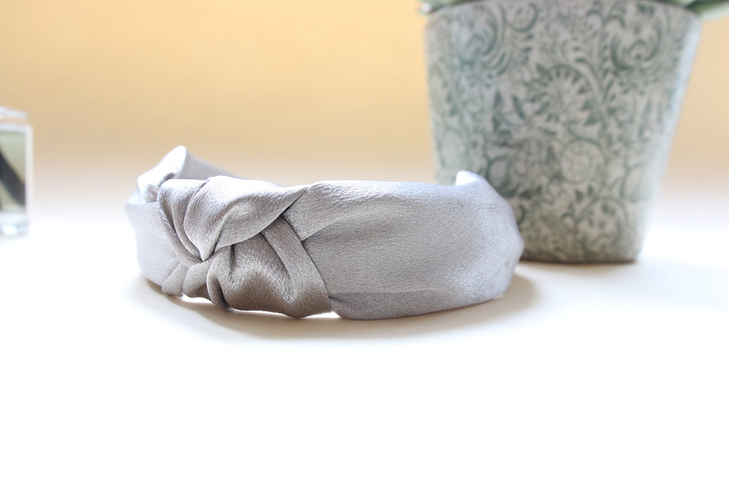 Greta Grey  shimmer silk band