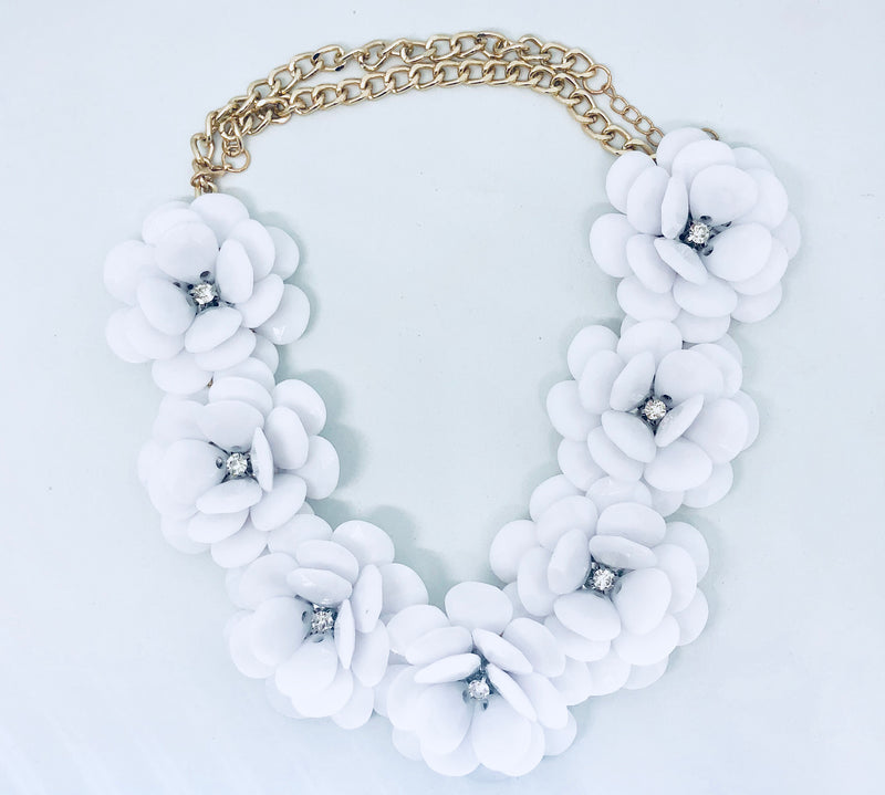 Flowy Flower White Acrylic Necklace