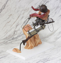 Load image into Gallery viewer, Attack on Titan Mikasa Ackerman 1/7 Figure