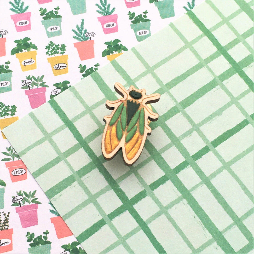 In the Garden Cicada Lapel Pin - Dressed for Sunday