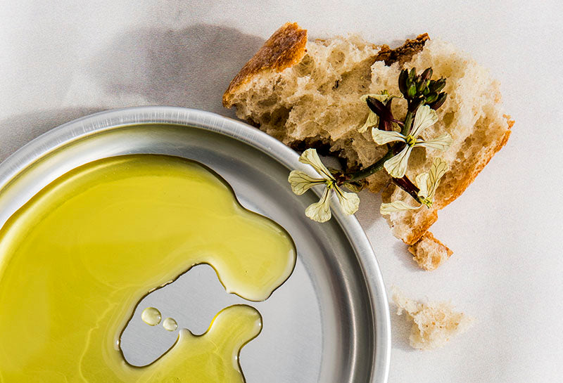 dipping bread olive oil