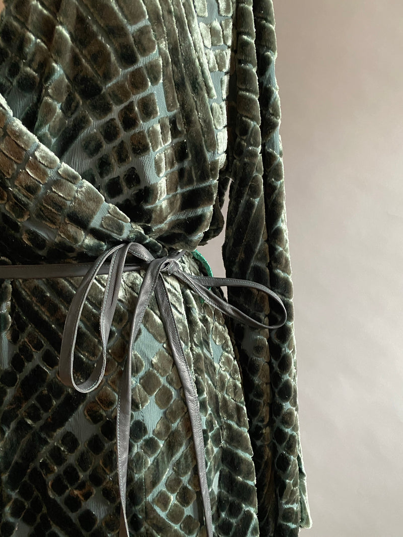 Sage Green Geometric Silk Velvet Burnout Shortie Dressing Gown