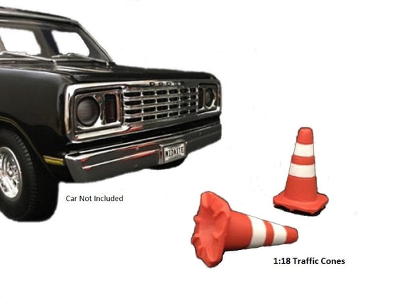 1:18 Traffic Cones (Set of 4) -- American Diorama Accesories