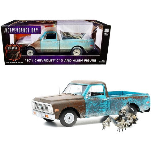1:18 1971 Chevrolet C-10 w/Alien Figurine -- Independence Day -- Greenlight