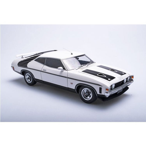 (Pre-Order) 1:18 Ford XB Falcon Hardtop McLeod Ford