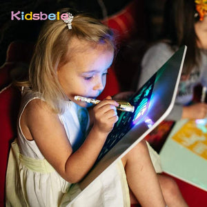 1G-Tablet Draw In Dark Magic With Light-Fun Fluorescent Pen Children Educational Toy