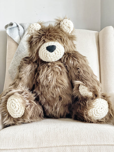 ClaraLoo Large Plush Bear Bud - Cappuccino Grizzly