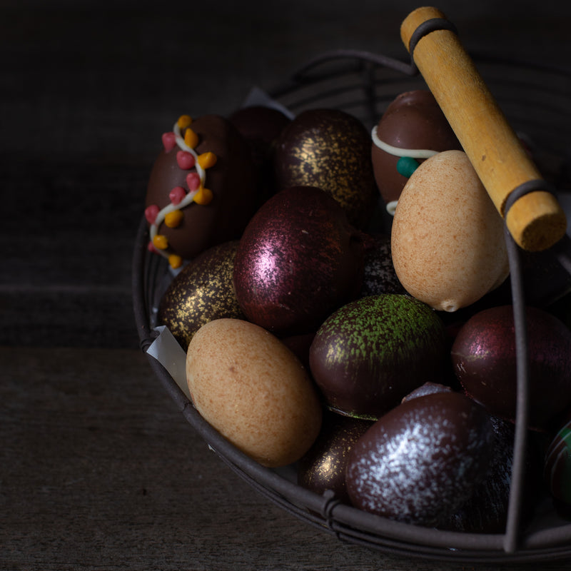 Assorted Chocolate Truffle Easter Eggs (box of 4 eggs/120 grams)