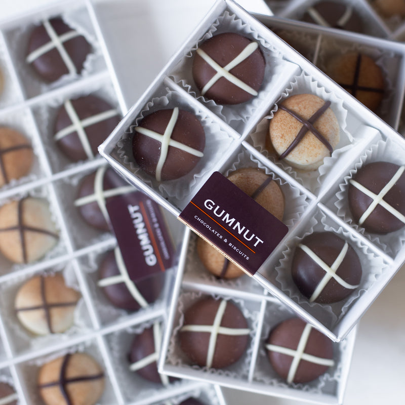 "Assorted Chocolate ""Hot Cross Bun"" Truffles (box of 8 truffles/120 grams)"