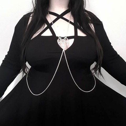 Loose Fitting Inverted Pentagram Body Chain