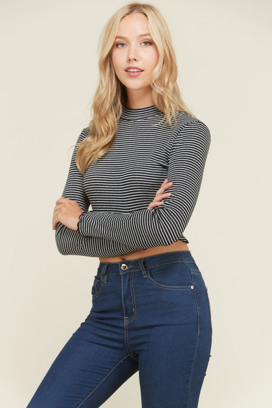 Draw The Line Long Sleeve Crop Top in Black