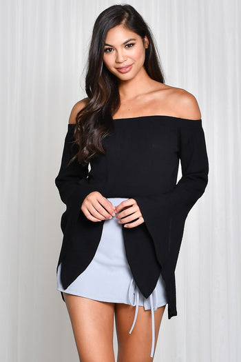 Show And Bell Sleeve Crop Top in Black
