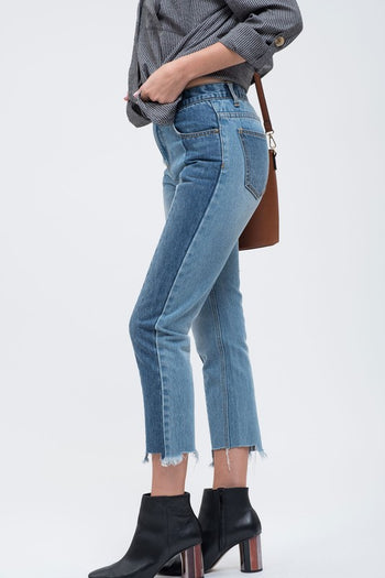 Double Vision Cropped Jeans in Medium Wash