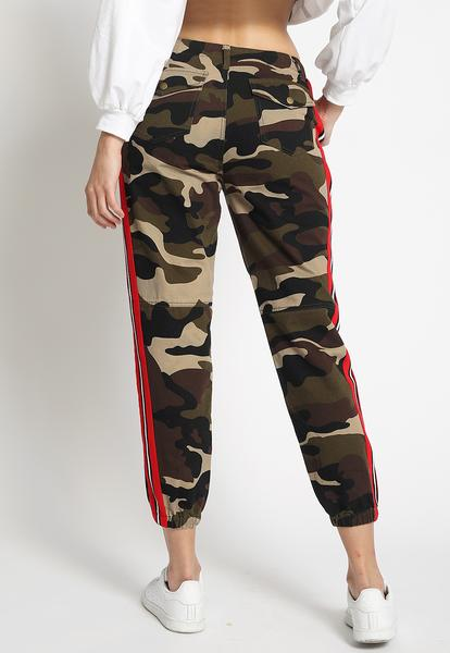Army Brat Jogger Pants in Camo