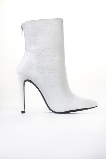 Under Pressure Booties in White