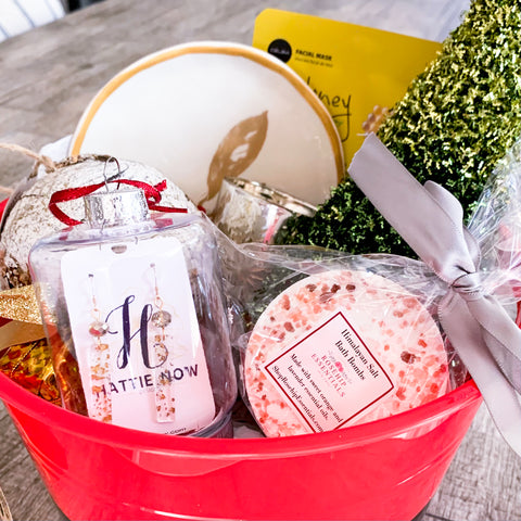 Christmas Chearrings Gift Basket