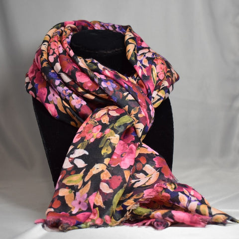 Valued patterned scarves fall/winter