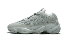 Charger l'image dans la galerie, Yeezy 500 Salt - The Sole House - Sneakers Limitées | 100% Neuves & Authentiques -  Brand New and Limited Sneakers