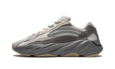 Yeezy 700 V2 Tephra - The Sole House - Sneakers Limitées | 100% Neuves & Authentiques -  Brand New and Limited Sneakers