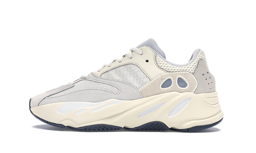 Yeezy Boost 700 Analog - The Sole House - Sneakers Limitées | 100% Neuves & Authentiques -  Brand New and Limited Sneakers