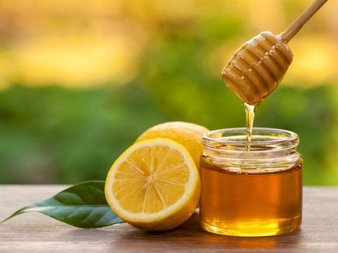 DIY Lemon Honey Facemask for glowing clear skin