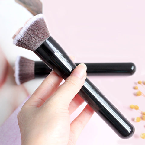 Cute Pawsome Makeup Brush