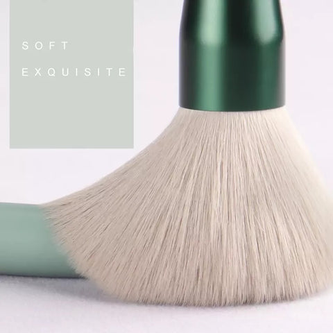 Emerald MUA Essential Brush Kit