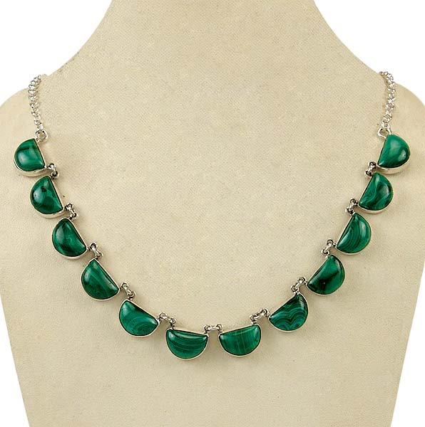 Oceanic Islands - Malachite Necklace