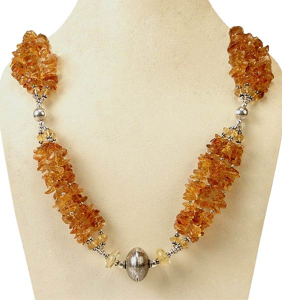 Honey Love - Prenite Stone Necklace