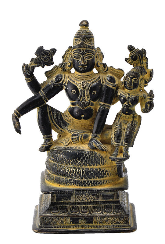 Traditional Vishnu Lakshmi Statue in Old Look
