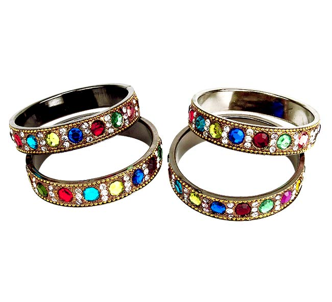 'Gorgeous' set of 4 bangles