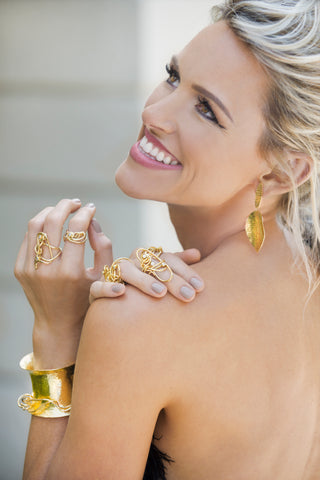 Model with Nikki Sedacca Endless Love Diamond Collection