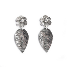 Load image into Gallery viewer, Sterling Silver Flower and Leaf Earring