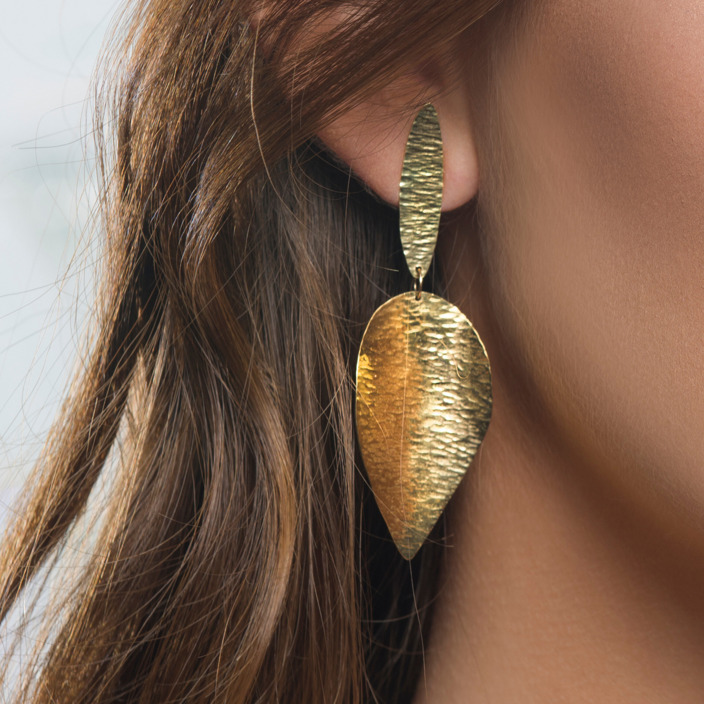 Large 18kt Gold Leaf Earring