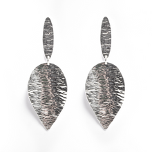 Load image into Gallery viewer, Large Leaf Earring