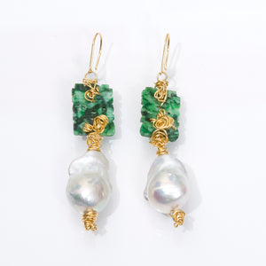 18kt Gold Jade and Pearl Earrings