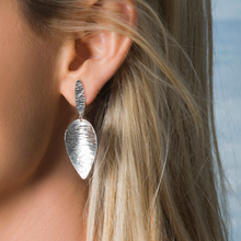 Load image into Gallery viewer, Medium Sterling Silver Leaf Earrings
