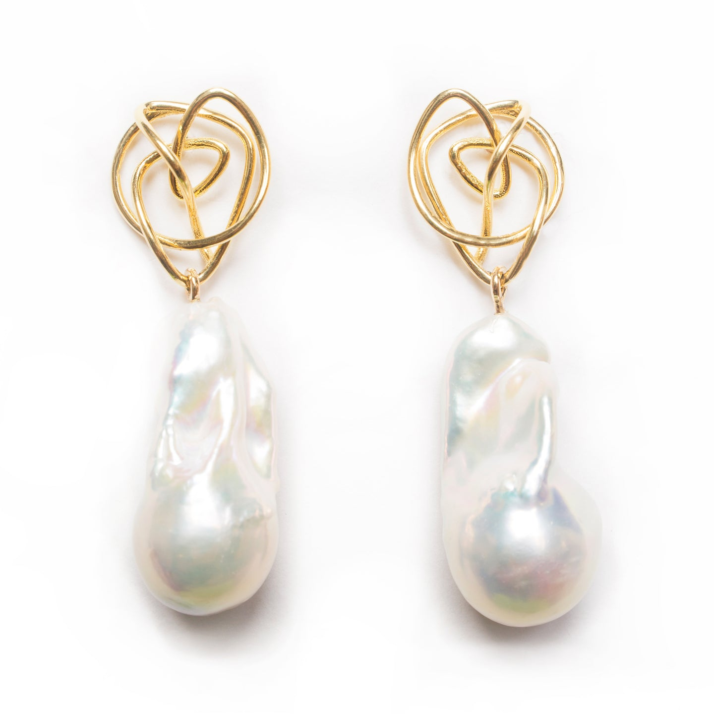 18kt Gold 'Endless Love' Baroque Pearl Earring
