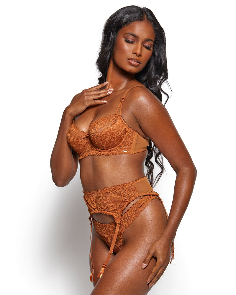 Love, Vera Nude Three Piece Floral Lace Garter Set Chocolate Fondant Curvy