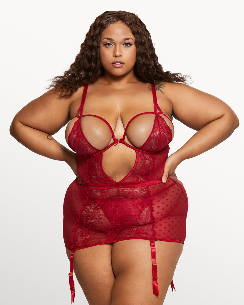 Love, Vera Mesh & Lace Skirt Set Candy Apple Red Curvy