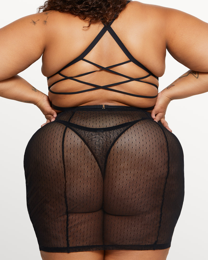 Love, Vera Mesh & Lace Skirt Set Black Curvy