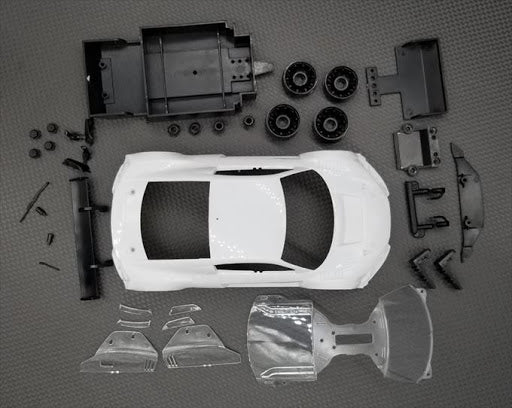 GL Racing GL R8LMS White Body Kit set