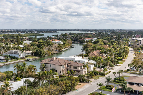 "<img src=""IMG-5875""alt=""Drone shot of residential area in sarasota florida"">"