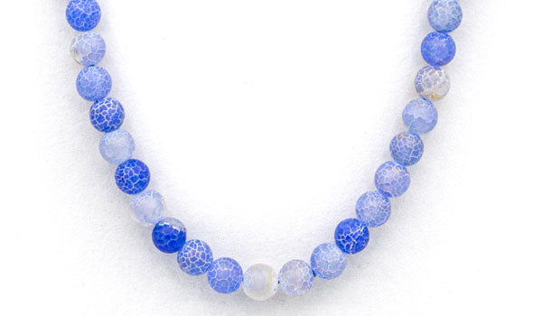 Blue dragon vein agate natural stone necklace feature img