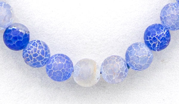 Blue dragon vein agate natural stone necklace feature close up img