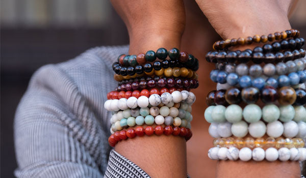 bracelet stack lifestyle img female