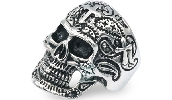 gothic skull ring feature img